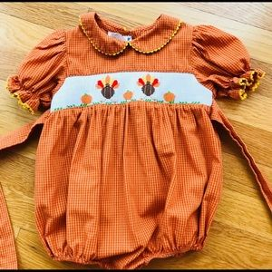 Silly Goose Thanksgiving Smocked Bubble